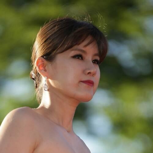 Hwang Geum-hi