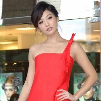 Jocelyn Wang