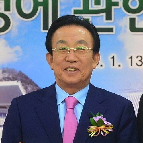 Kim Kwan-yong
