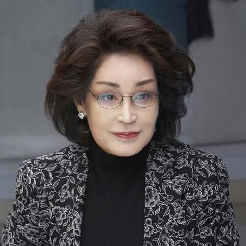 Lee Myung-Hee