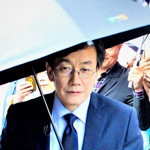 Son Seokhee