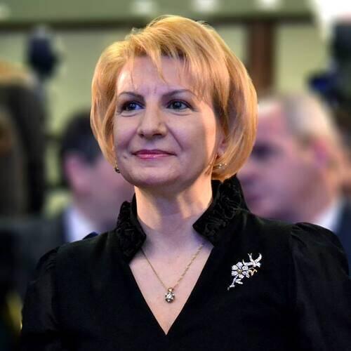 Teuta Arifi