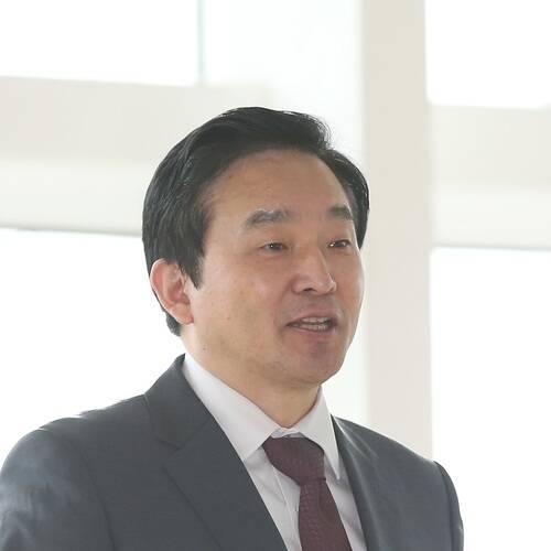 Won Hee-ryong